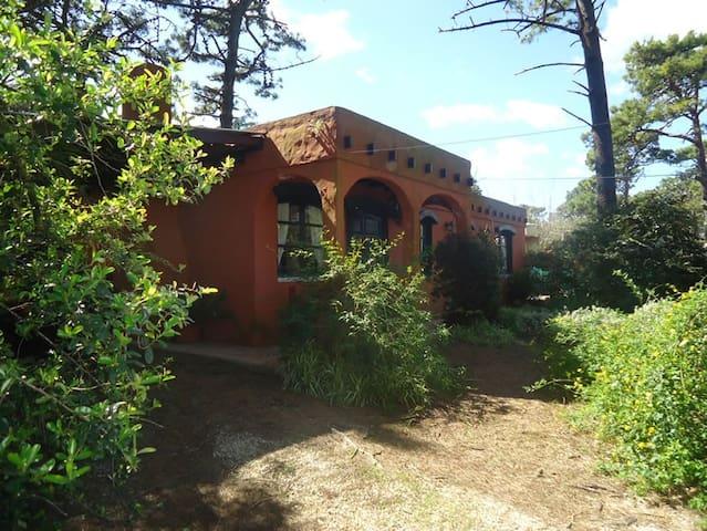 Hermosa Casa Familiar  a 1500 mts del mar!