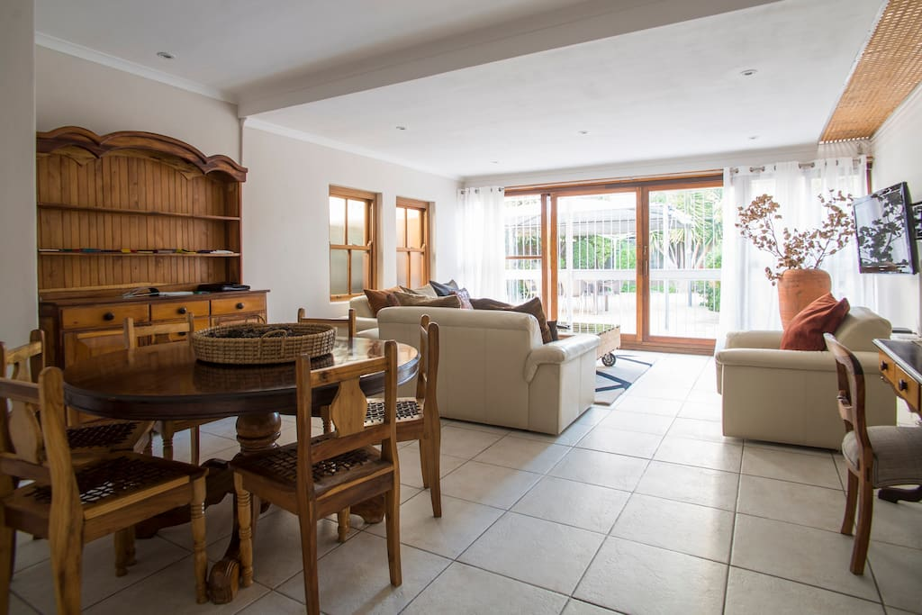 Large open plan lounge and dining area