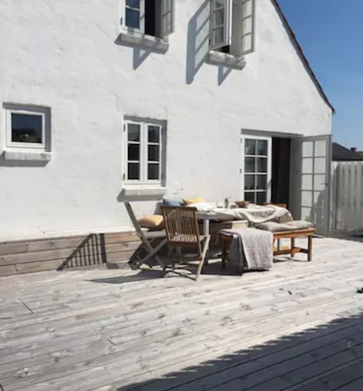 Charmerende fiskerhus 200m fra vandet i Klitmøller