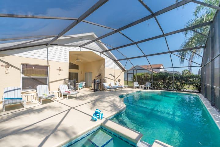 5 bed 3 bath  Disney  Villa, Pool