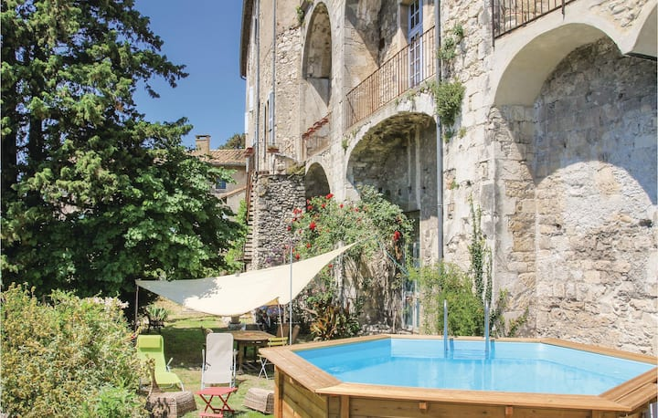 Amazing home in Viviers with WiFi and 4 Bedrooms