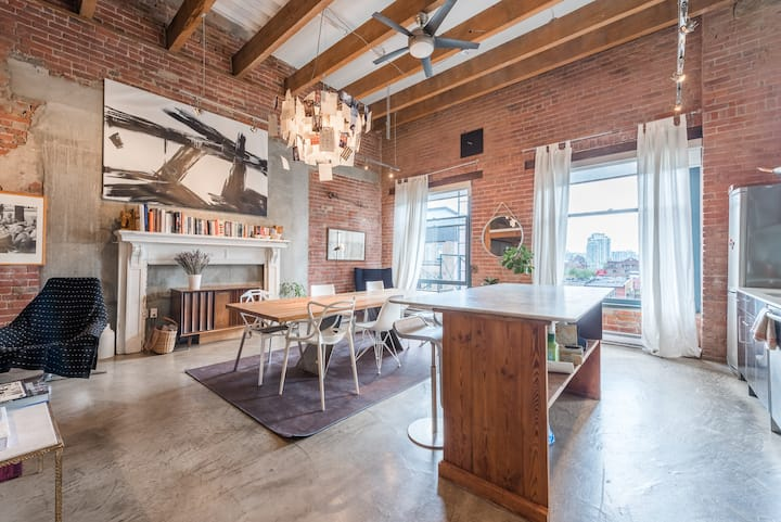 2 level designer loft in Gastown heritage building