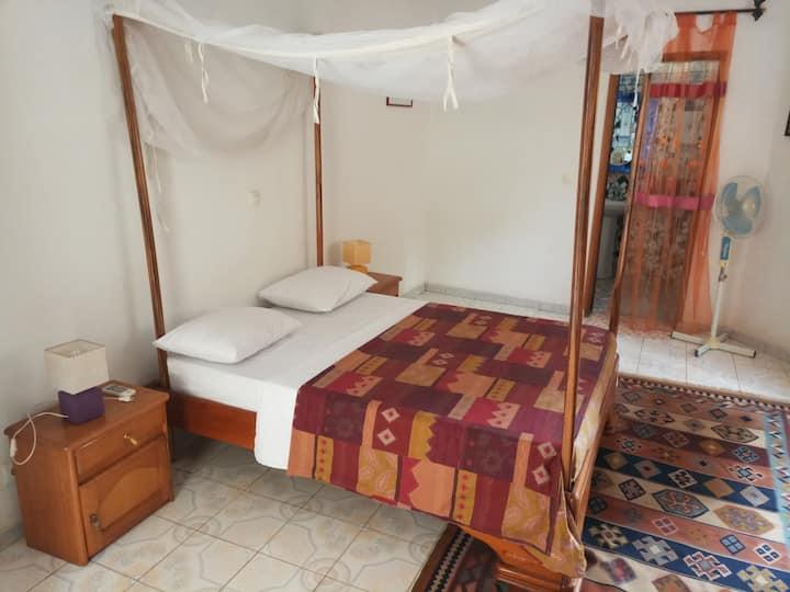 Chambre Privée 1 Villa Rosatha Pieds dans l'eau