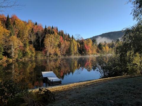 Accès privé à un petit lac