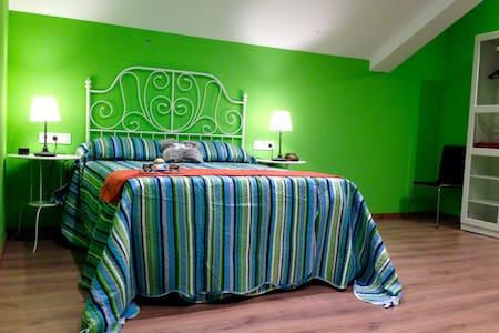 Apartamento en Puerto de Luarca. Amplio y céntrico