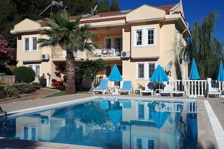 Fantastic Apartment with Two Pools & Two Balconies