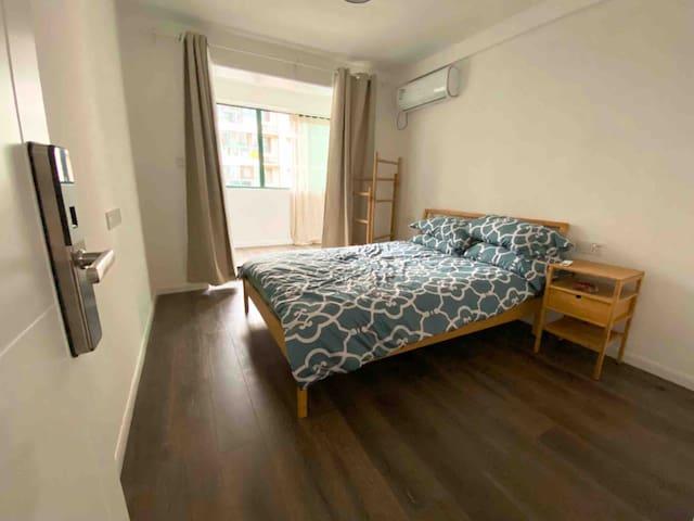 Room 3 Morn Inn 黄龙体育中心附近,近西湖,武林广场。