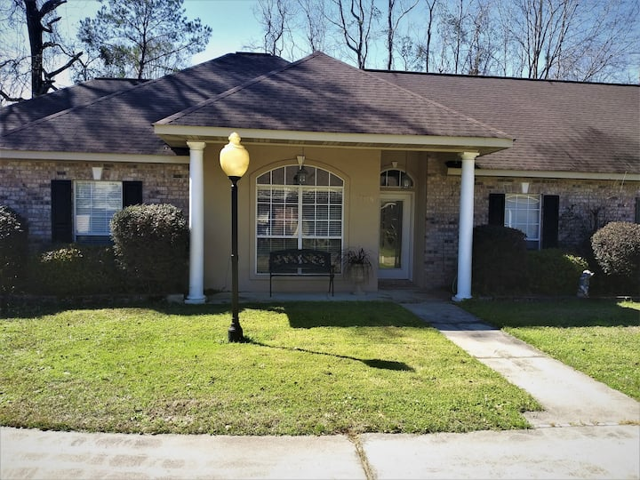 Quiet country townhouse - St Tammany Trace