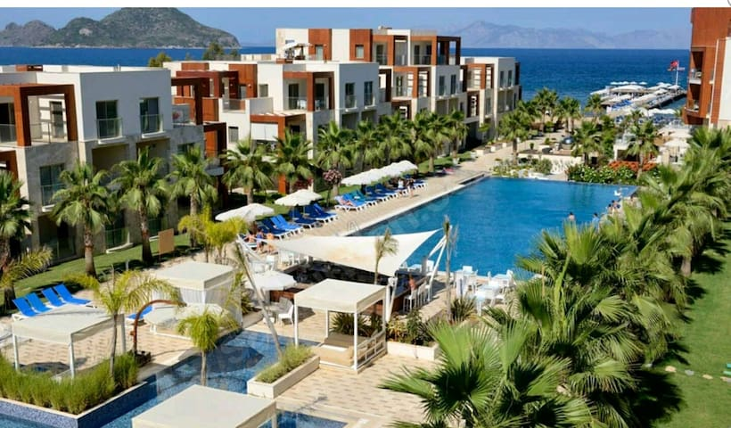 LUXURIOUS 2 BED MODERN RESIDENCES AND SUITES HOTEL - Turgutreis Belediyesi - Appartement