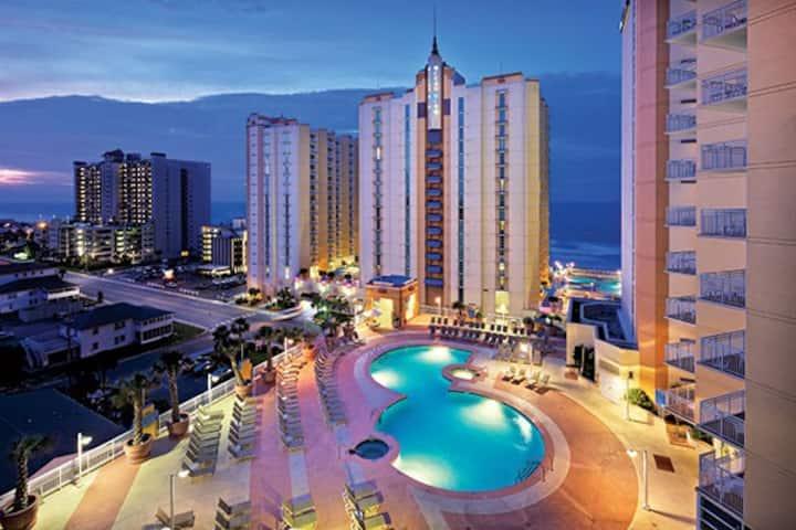 Wyndham Ocean Boulevard Resort - 2BR Condos