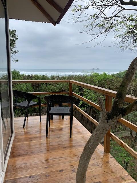 Ayampe Modern Villa - Beachfront
