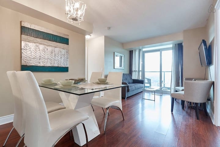 ❤Luxury and Cozy Condo in Toronto - North York❤