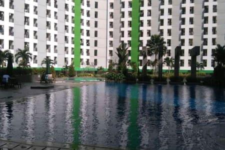 Studio Apartment Green Lake View Ciputat near MRT
