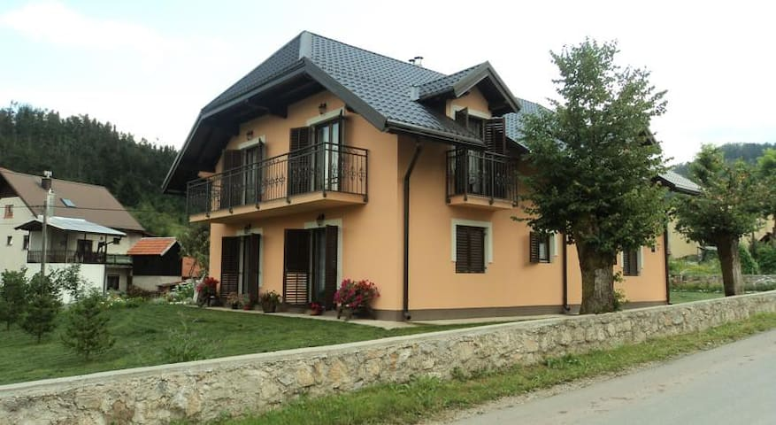Apartment in Green Heart of Croatia - Gerovo - Huoneisto