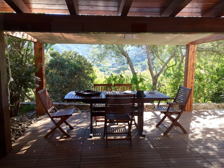 the porch / veranda