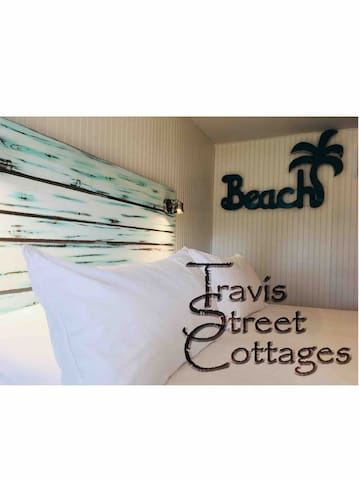 The Beach Cottage @ Travis Street Cottages