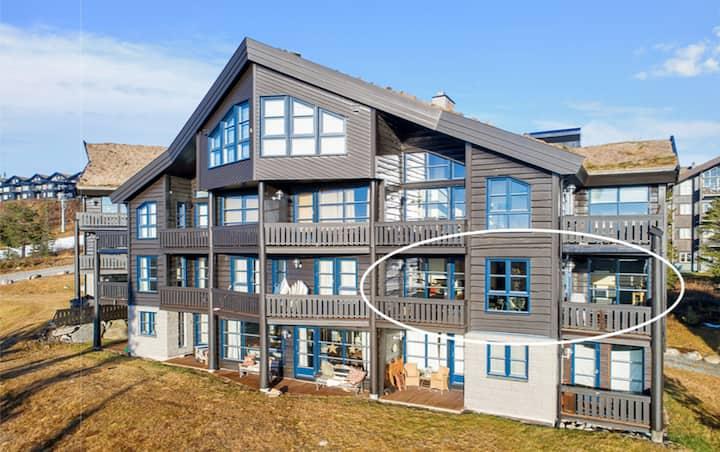 Leilighet Norefjelltunet, 119kvm 3sov, ski inn/ut!