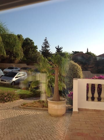 Private room, 7 minutes from the beach. - Praia da Luz - Apartment