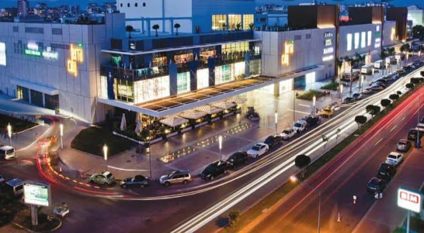 FREE WİFİ,Beach,town center,mall,500 meters sea