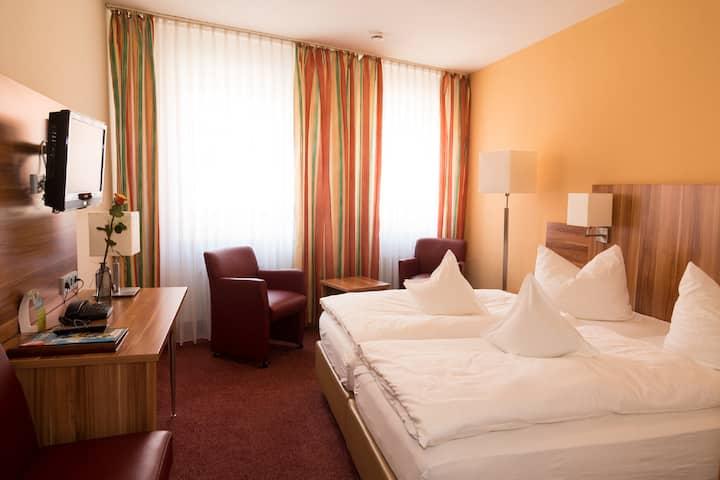 Weinhotel Rose (Volkach), Komfort Doppelzimmer mit hellem, modernen Ambiente