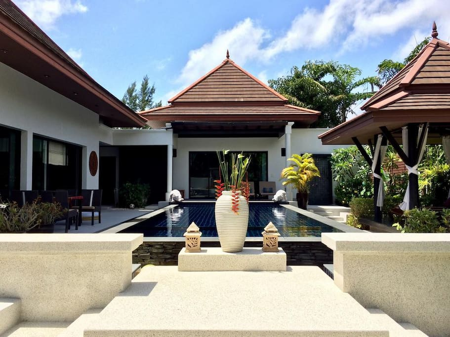 Luxury Pool and Thai Sala