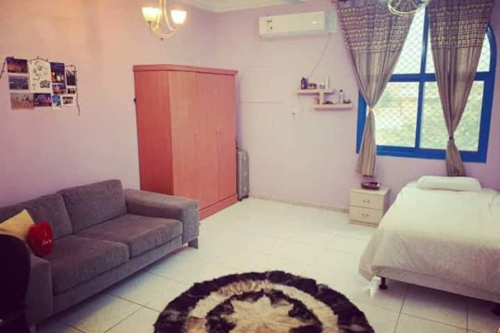 ROOMS IN CLEAN & COZY SHARED HOUSE FOR GIRLS ONLY