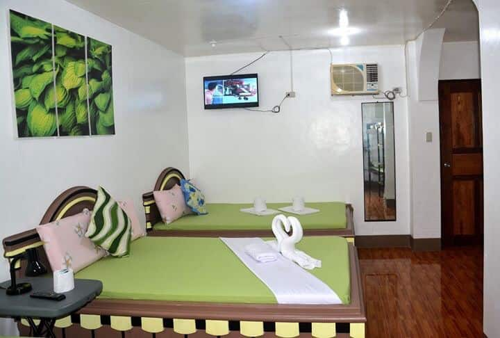 Coron Private Room for 6-8 Persons!