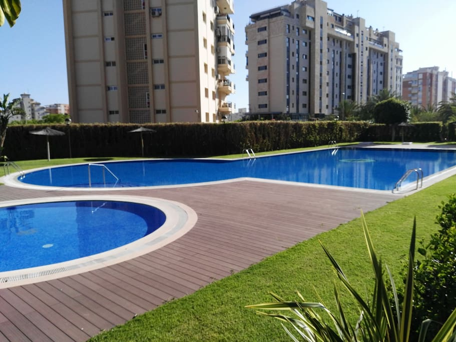 Nice Apartment Near The Beach And Many Services Apartments For Rent In Alicante Comunidad