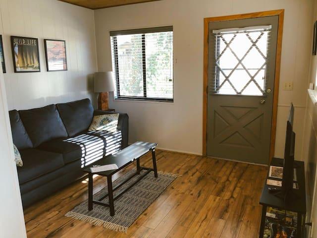Juniper Cottage — Granite Dells Retreat
