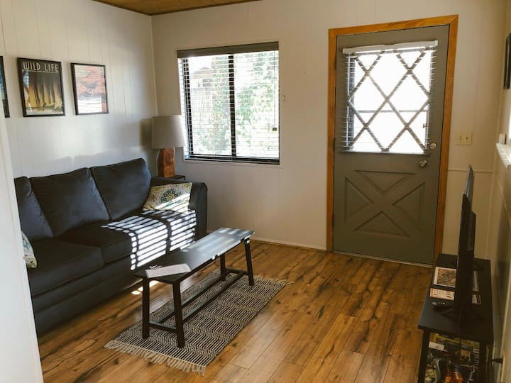 Juniper Cottage — Granite Dells Retreat