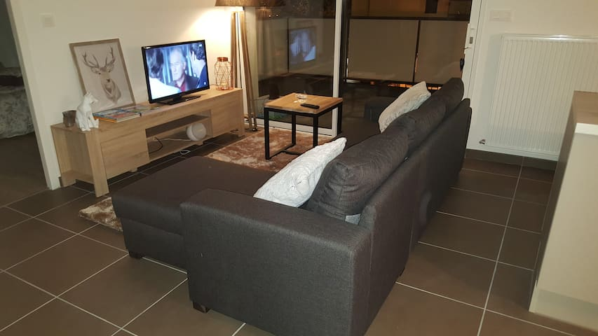 Logement neuf et cosy plein centre - Proche gare - Bourgoin-Jallieu - Apto. en complejo residencial