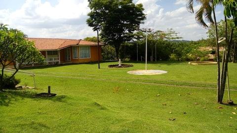 Casinha Amarela - Sítio Villa Maria, Campinas, SP
