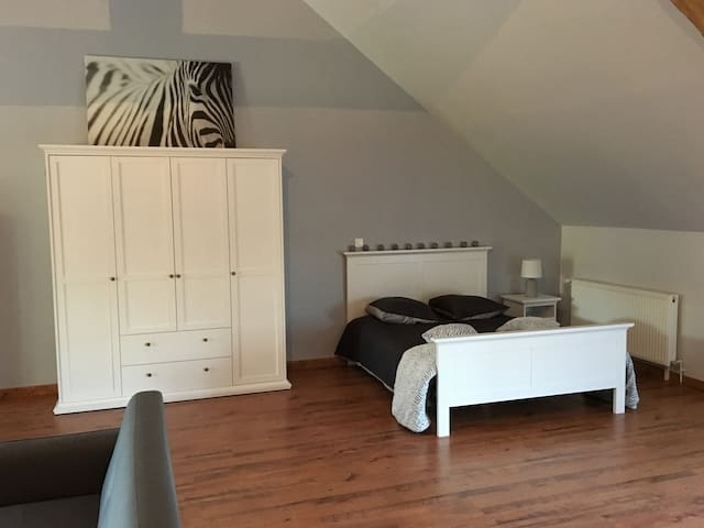 Bel appartement tout équipé au bord de Loire