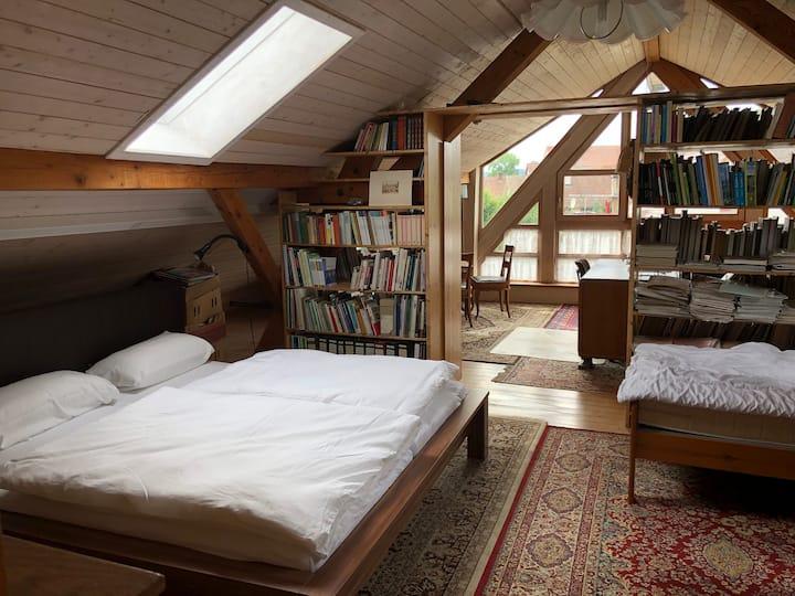 Großräumiges Zimmer nahe Schweizer Grenze