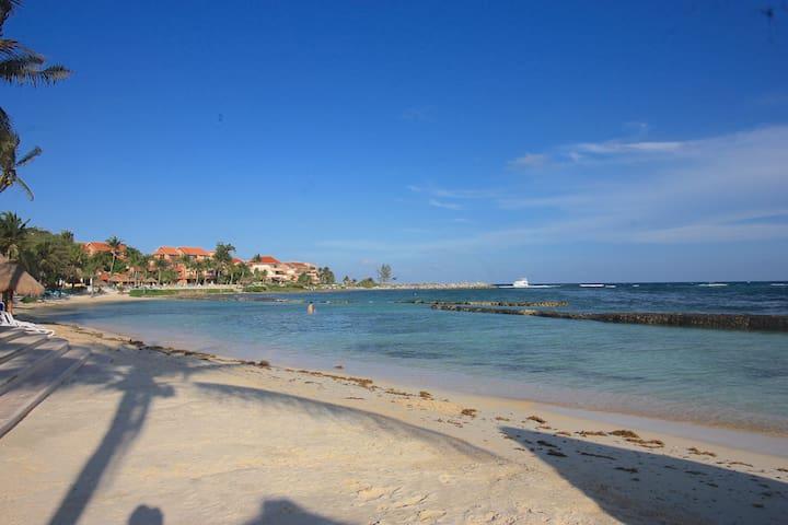 Beach awaits ! Airy & Bright w/Hotel Membership!