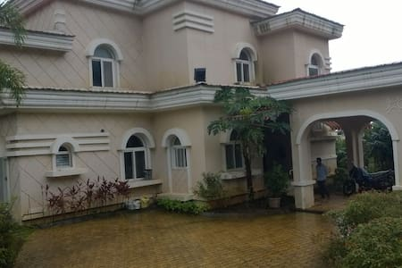 3 BHk Luxury Bungalow in Amby Valley Lonavala - Pune