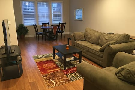 Private Apartment in Smyrna - Smyrna - Hus