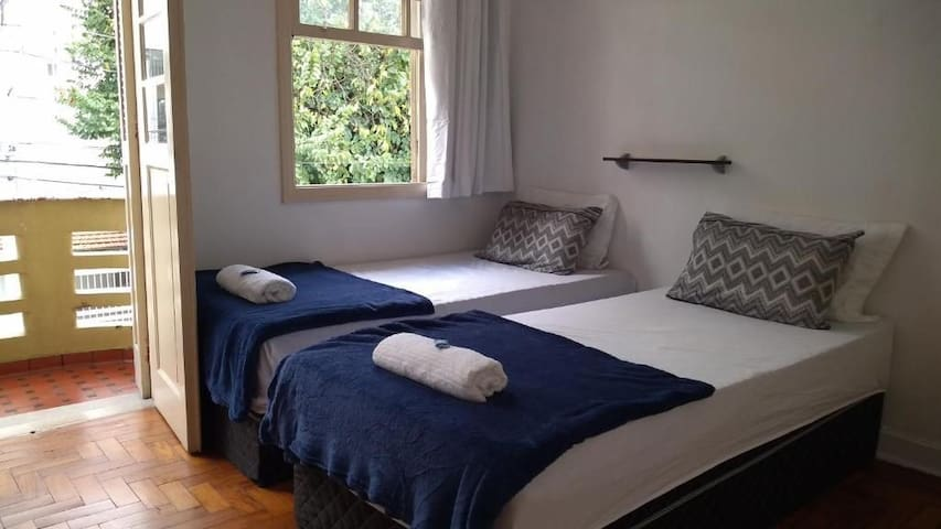 Double room with balcony to the Ipiranga Museum