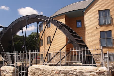 The Waterwheel Apartment, Charlestown, St Austell - Cornwall