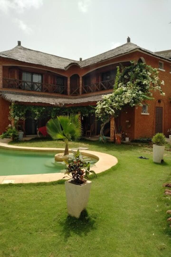 Private Villa AfricanKilu, 2 mins from beach