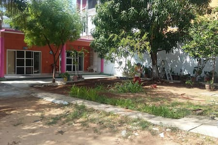 Casa de huéspedes rinconada - Puerto Escondido