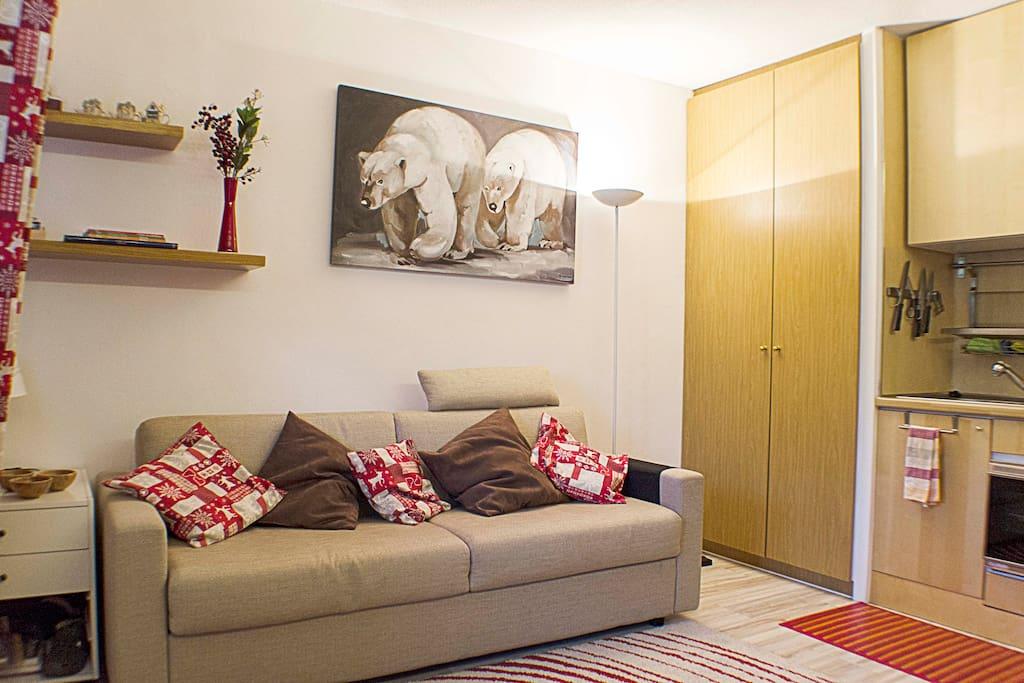 The living room area / Le salon