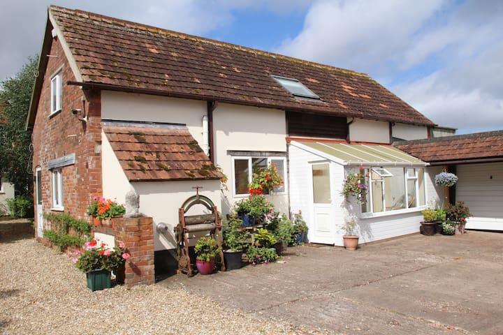 Rose Retreat -rural Devon - Langford - Huis