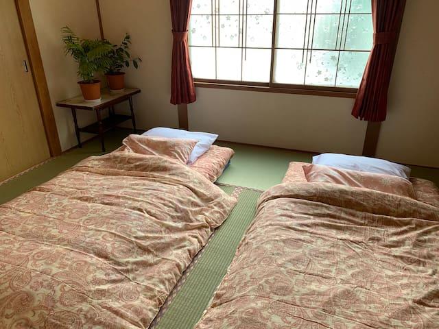 広大な大地と緑に囲まれた民家一軒家丸ごと貸切・北海道田舎暮らしの宿