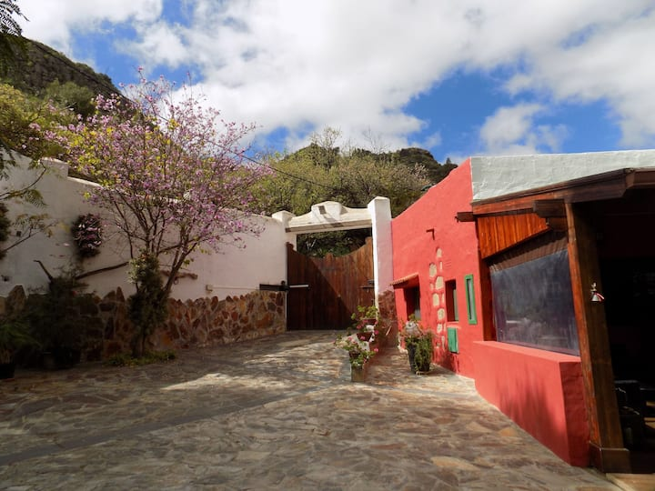 "Cottage in "" El Barranco de los Cernicalos"""