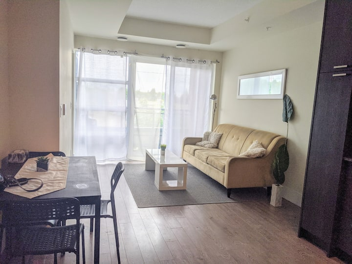 New and Bright 2 BDRM Condo in Downtown, Kitchener