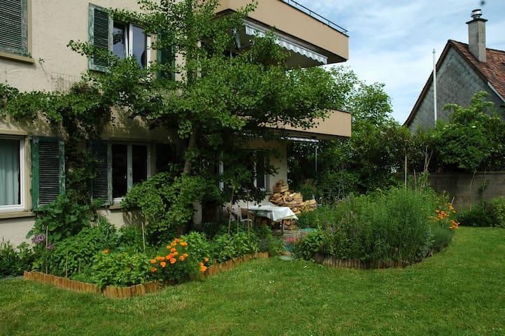 3 Zimmer-Wohnung mit Balkon, Terrasse und Garten - Kreuzlingen - Byt
