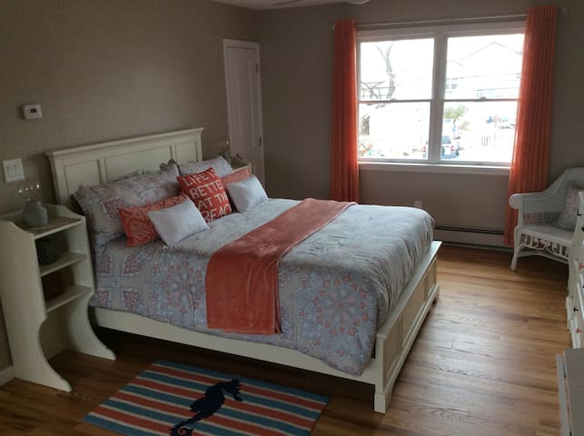 Amazing one bdrm flat at the beach! - Northport