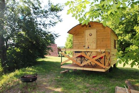Beaver's Shepherd Hut on the banks of Drau river