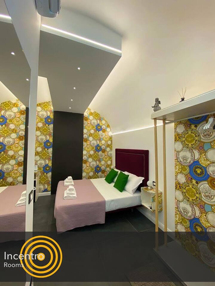 INCENTRO ROOMS - VERSACE ROOM 3 - POLIGNANO CENTRO